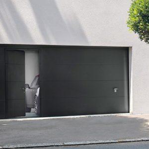 Koov porte garage sectionnelle portillon 02