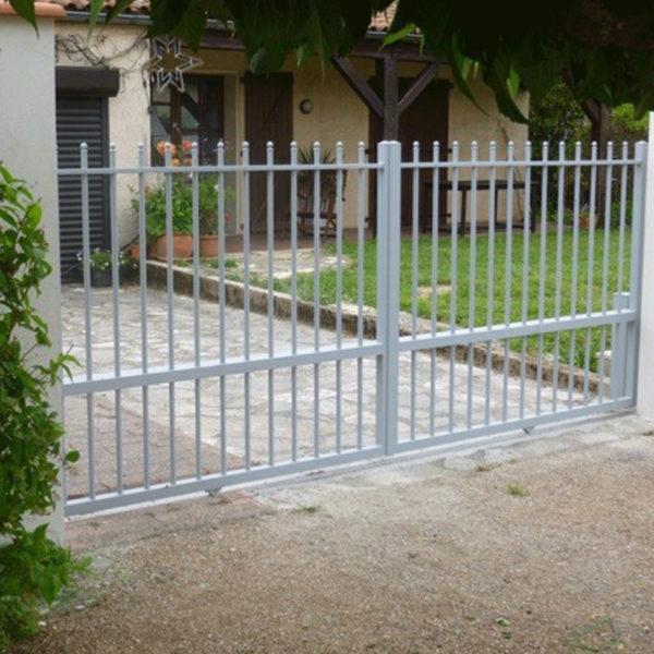 Portail aluminium ajoure lignol 01