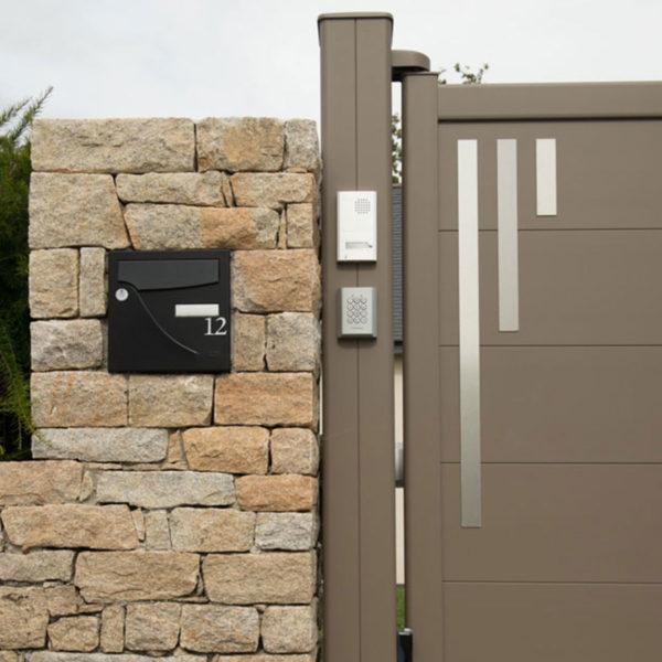 Portail aluminium plein line 02